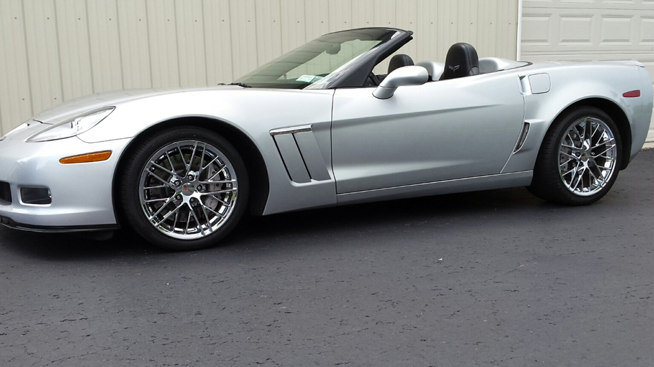 FLAWLESS 2010 CORVETTE CONVERT